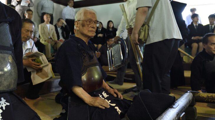 [貴重映像]100歳で剣道をする勇姿(太田博方範士)